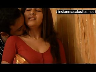 Shanthi Indian Actress Hot Video [indianmasalaclips.net]